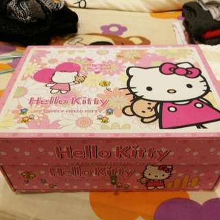 Hello Kitty Accessories Box