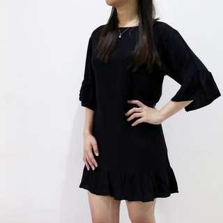 Dress Hitam (B002)