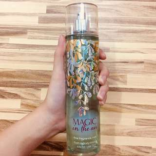 "Bath and Body Works Fine Fragrance Mist ""Magic in the Air"" 236mL"