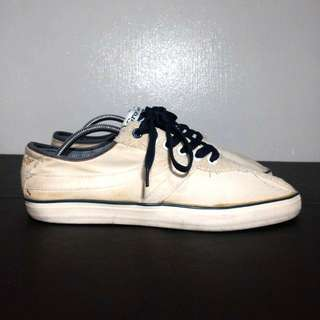 Grosby White Sneakers