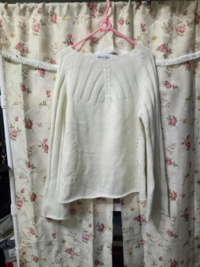 日系寬袖米白色長袖毛衣