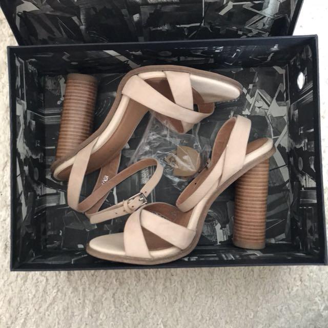 Alias Mae Abella Nude Heels still in Box