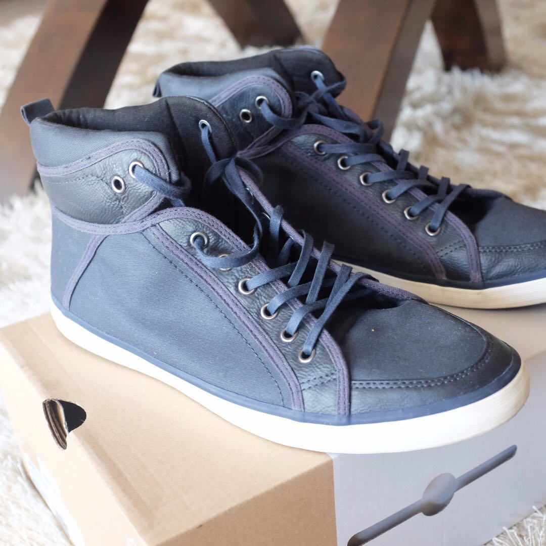 Call It Spring Iussi Sneakers in Navy (Size 10)