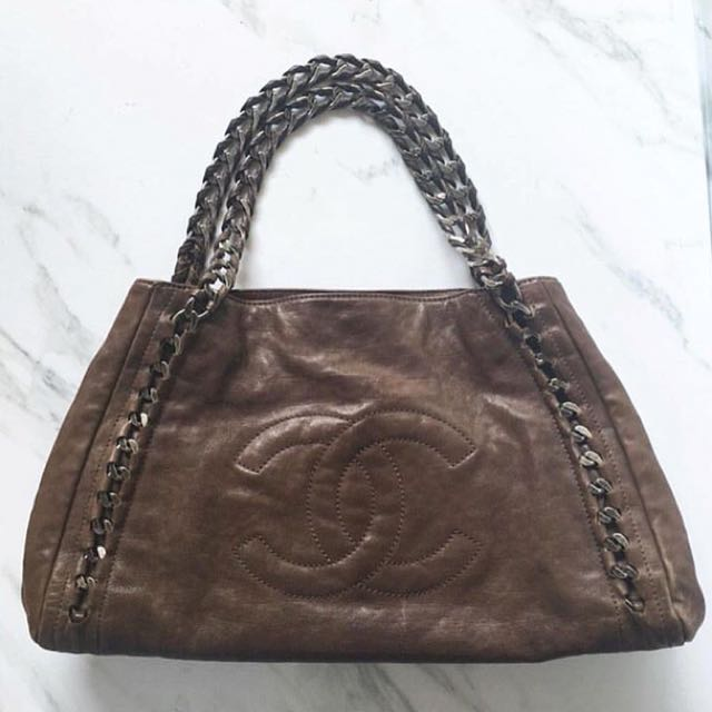 Chanel Large Chain Tote Bag in Dark Grey Calf SHW Series
