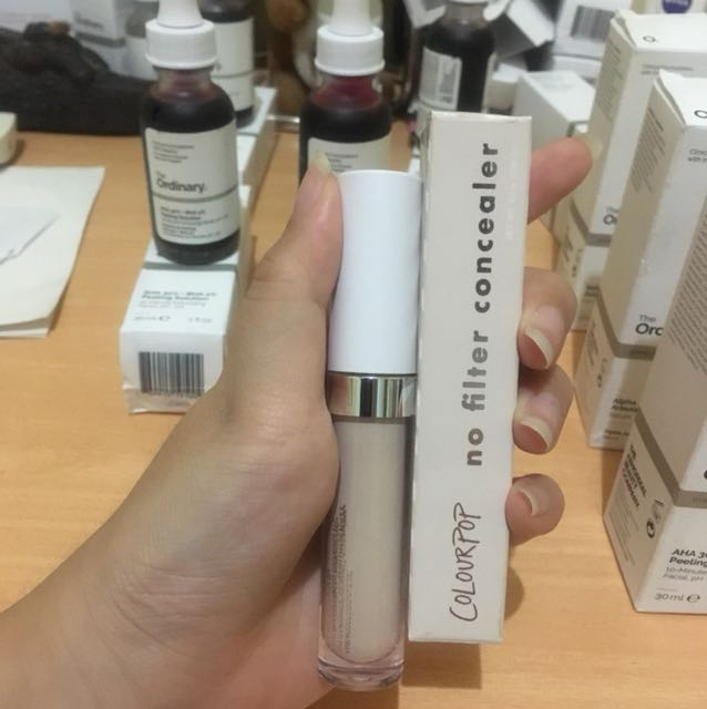 Colourpop No Filter Concealer Light Neutral