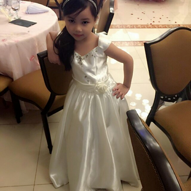 Cream long gown for Rent