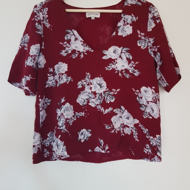 LAST CHANCE! Floral top