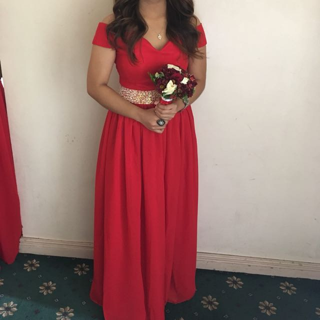 For rent Red Gown