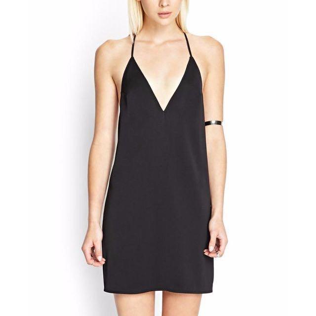 FOREVER 21 Strappy Cami Shift Dress in Black Satin
