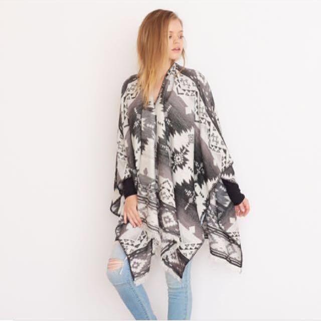 Garage Blanket Scarf/Poncho S/M