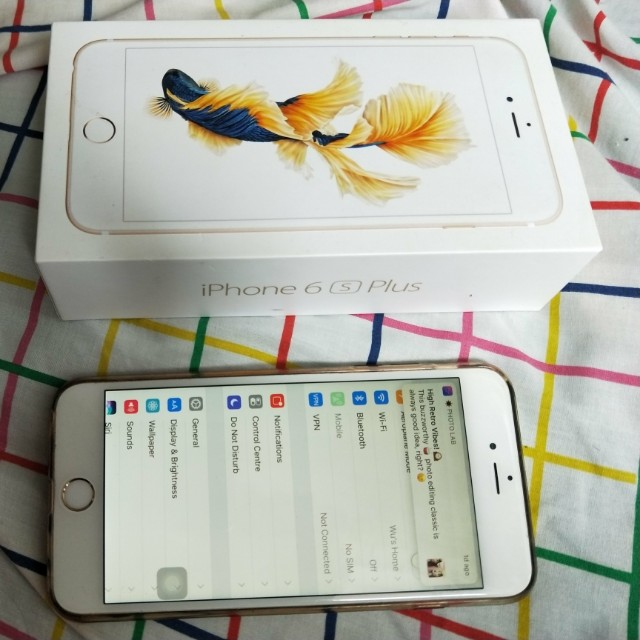 Iphone 6s Plus Gold colour 64gb