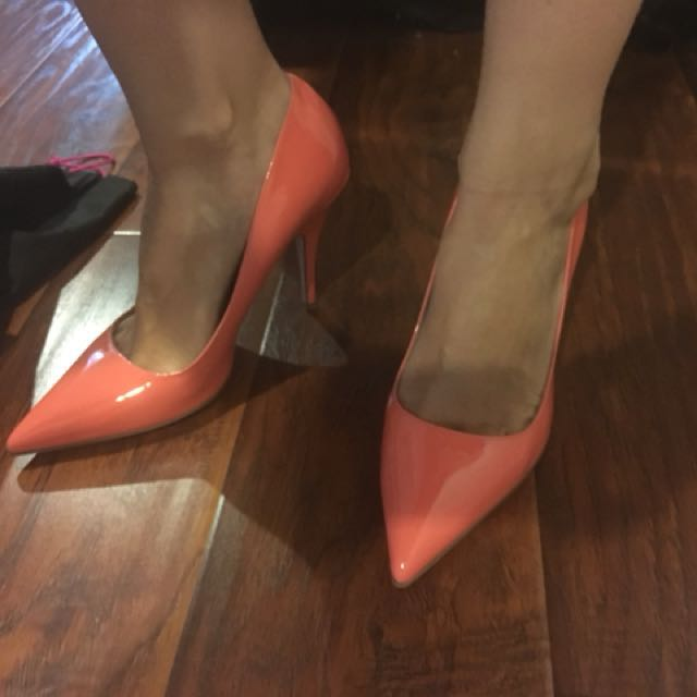 Kate Spade New York coral pumps size 7.5