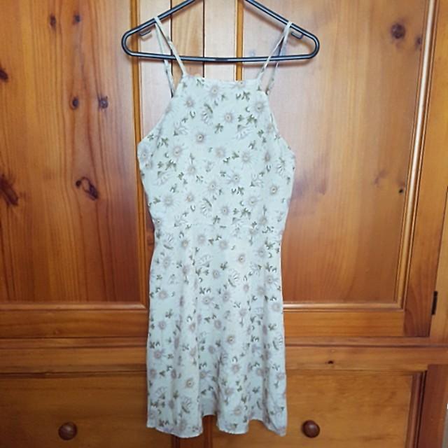 Lee cream floral mini dress
