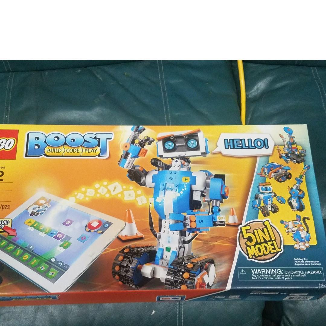 LEGO BOOST Creative Toolbox 5 in 1 model