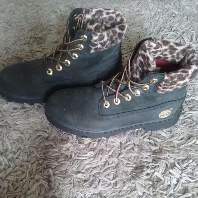 Leopard print Timberland boots 7-7.5 US