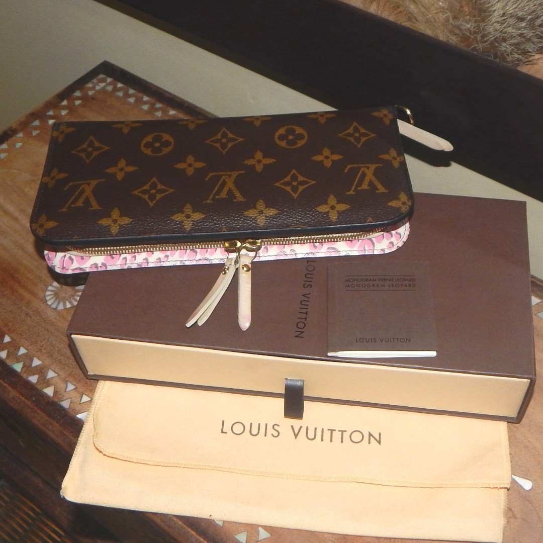 LOUIS VUITTON limited edition mono pink leopard insolite wallet (2010)
