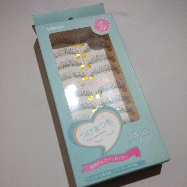 Natural eyelashes isi 10
