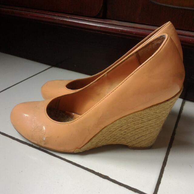 New Look Ori Peach Wedges