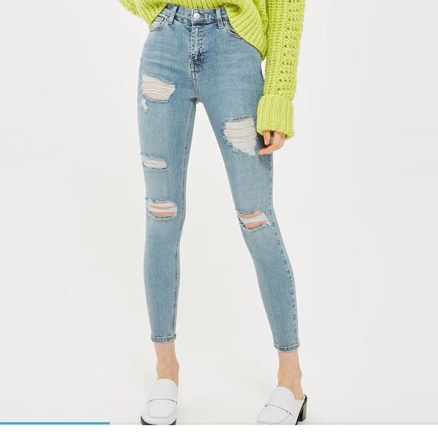 New with tags, TOPSHOP MOTO Jamie Jeans Ripped