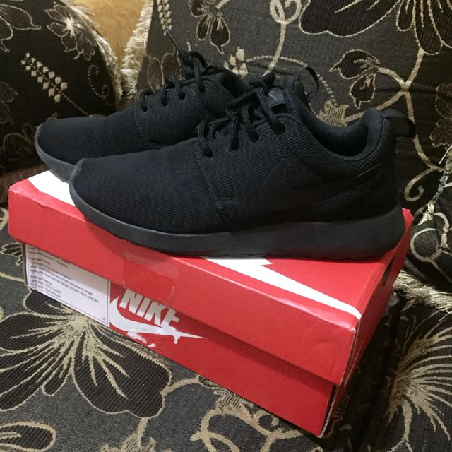sports shoes b97c1 5c474 hot roshe run full svart e93f2 90325