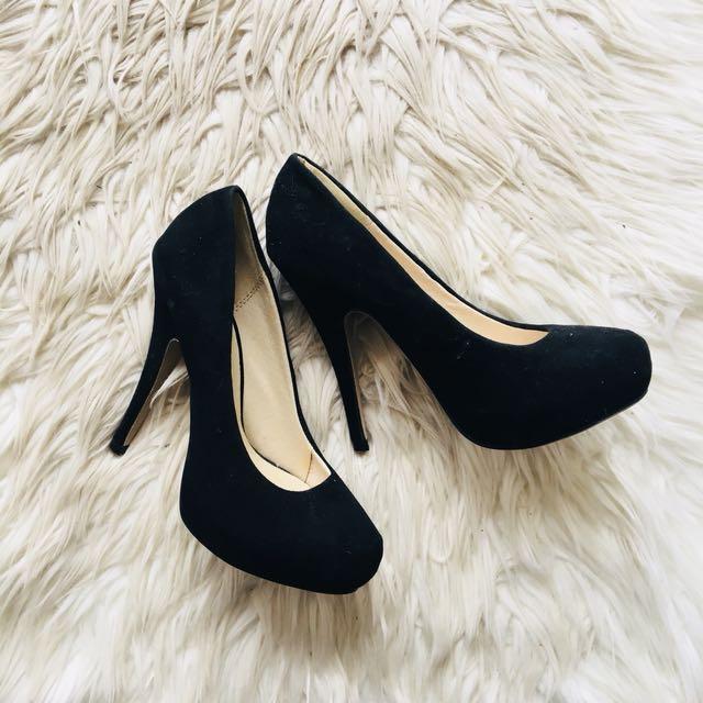 NOVO Black Leather Heels