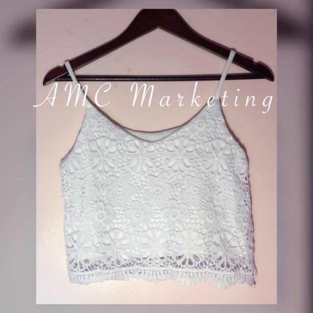 Semi Crop top white lace