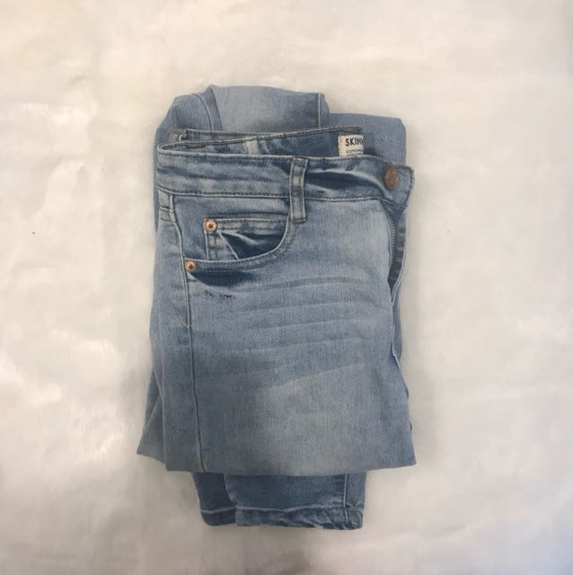 Size 8 cotton on jeans