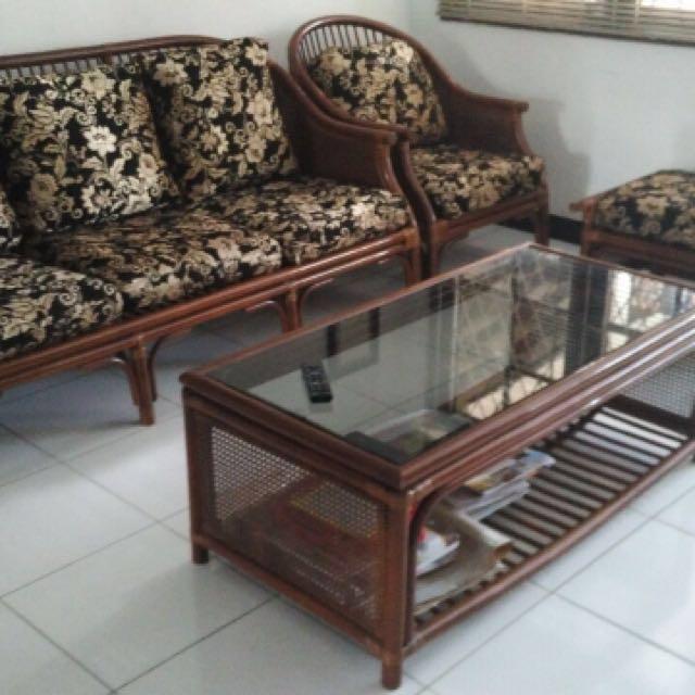 Sofa rotan 5 seater & 1 meja