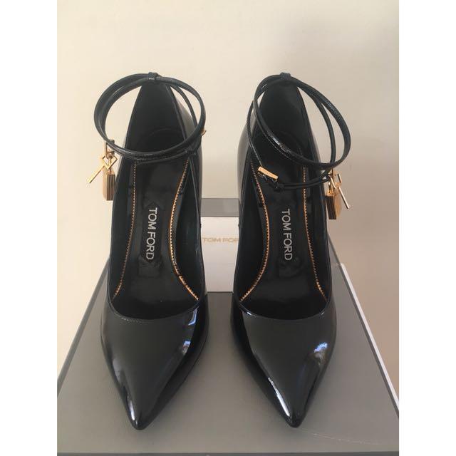 Tom Ford padlock heels