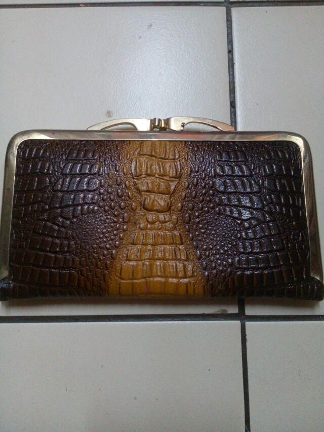 Vintage croc skin purse