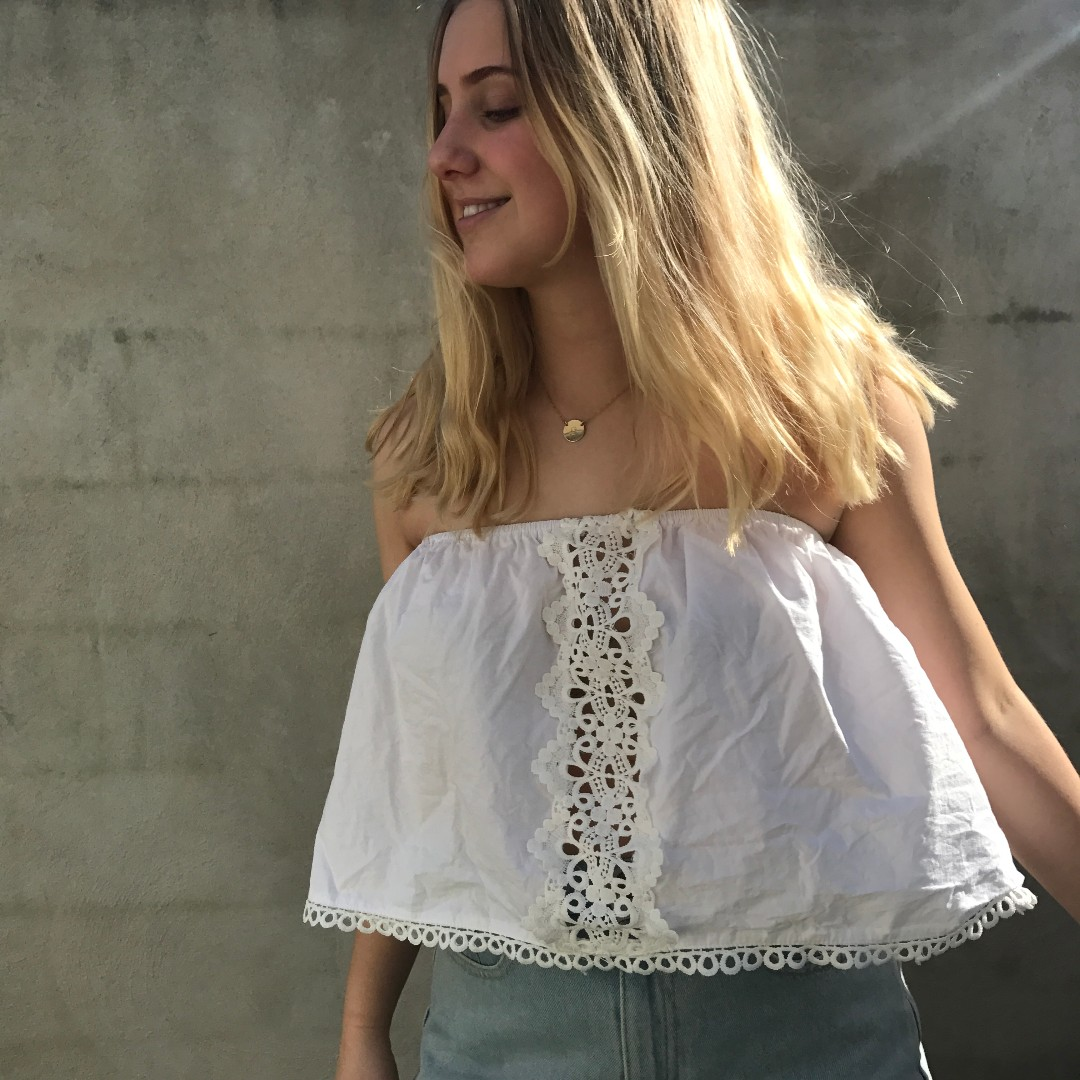 White boho sleeveless top