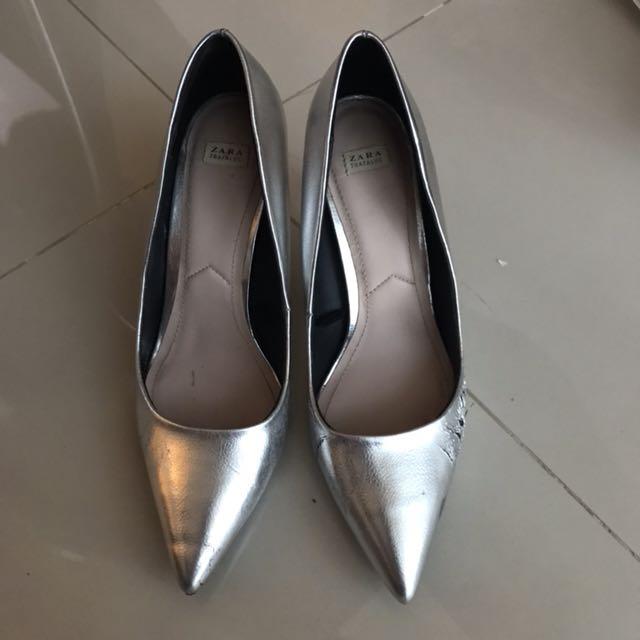 Zara pumps silver