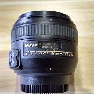 Nikon AF-S F1. 4G Prime Lens Full Frame/Crop + Hood