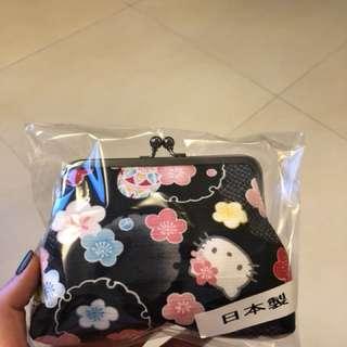 全新購自日本Hello Kitty袋仔(made in Japan)
