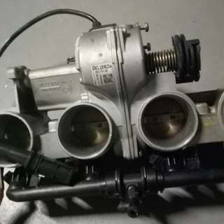 BMW S1000RR parts Throttle body dekitting