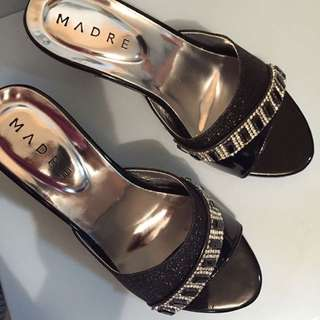 (Reduce price) kasut / girl shoes MADRE brand