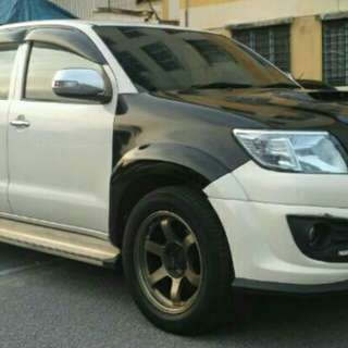 TOYOTA HILUX YEAR 2014 FOR SAMBUNG BAYAR
