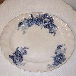 "Vintage plate, (10"" x 12"")"