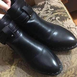 🚚 尖頭中根短靴24.5