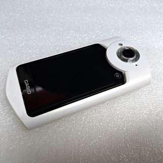 高雄  CASIO TR-50 自拍神器 超廣角 美顏美拍 WiFi傳輸 盒裝配備齊全 兩顆電池 (公司貨)