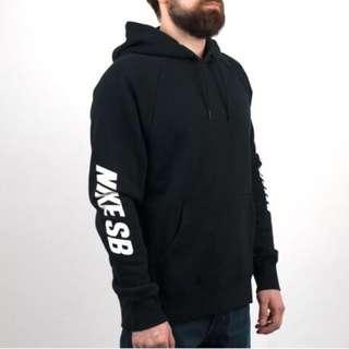 🚚 Nike 帽t尺寸 L 原價2690 8、9成