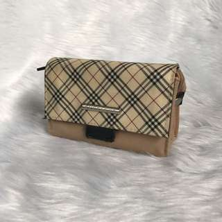 Authentic Burberry cosmetics pouch with mirror