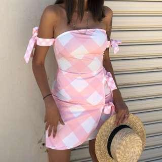 〰️ parisian - pink gingham dress