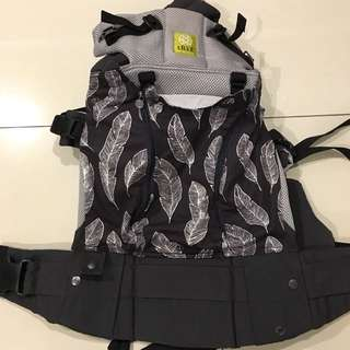 LILLE Baby Complete All Seasons 6-in-1 carrier