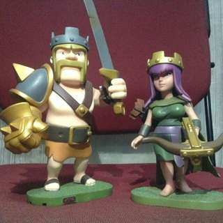 Clash of Clans Figurines (King and Queen)