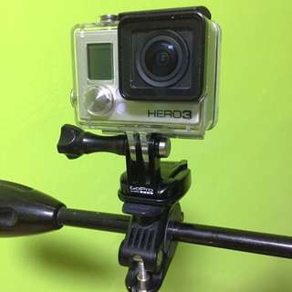 gopro hero 3 silver with 5 batteries