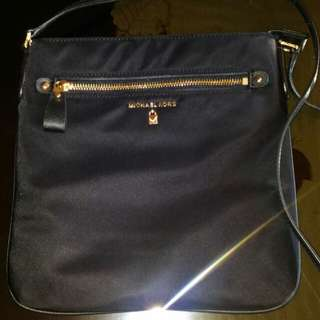 MK SLING BAG (Black) price: 120 US DOLLARS