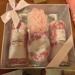 Bathing Set - Fresh Blossom body wash/cream/lotion