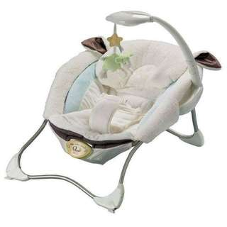 Fisher price my little lamb infant seat (china made)