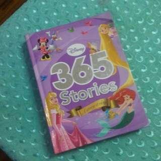 365 Walt Disney Story Book